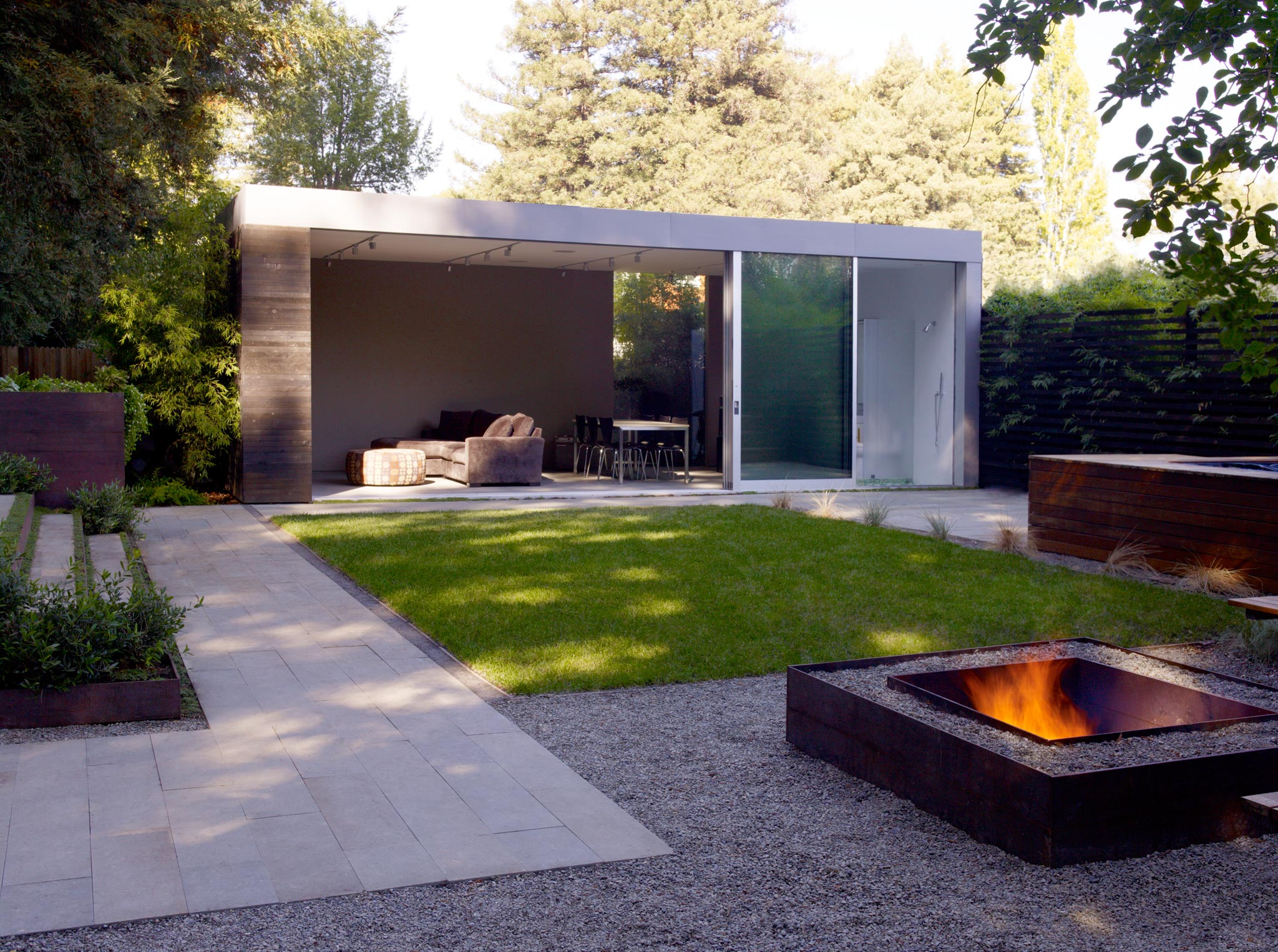 along Larkspur Creek outside view with fireplace