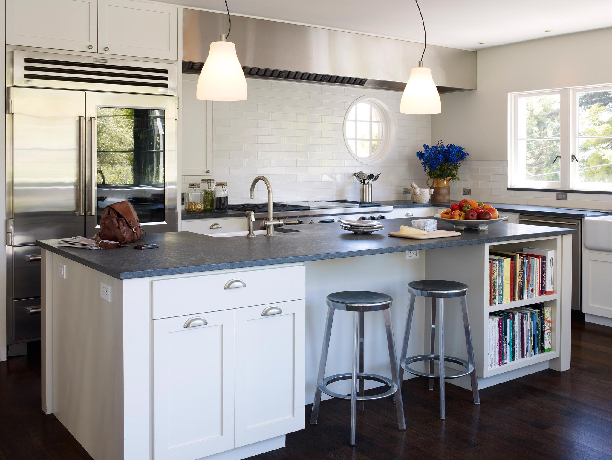 Claremont modern aesthetic pavillon house interior view of kitchen